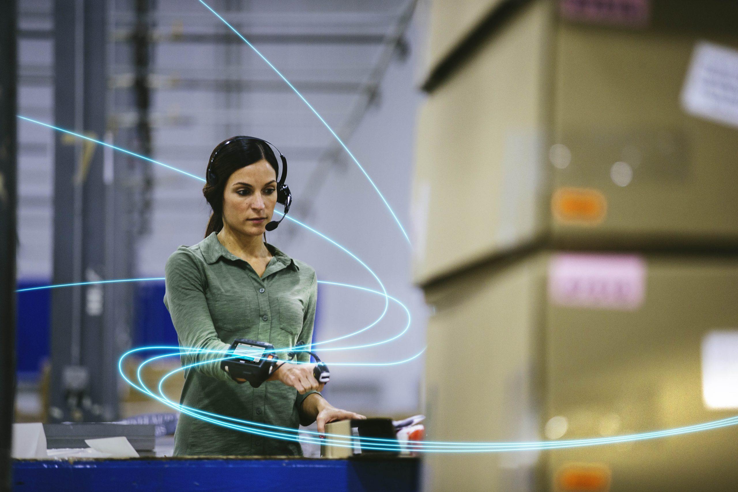 Automatizzare la programmazione del lavoro: con i sistemi intelligenti oggi disponibili i responsabili di magazzino e dei centri di distribuzione possono aiutare gli operatori a lavorare e vivere meglio